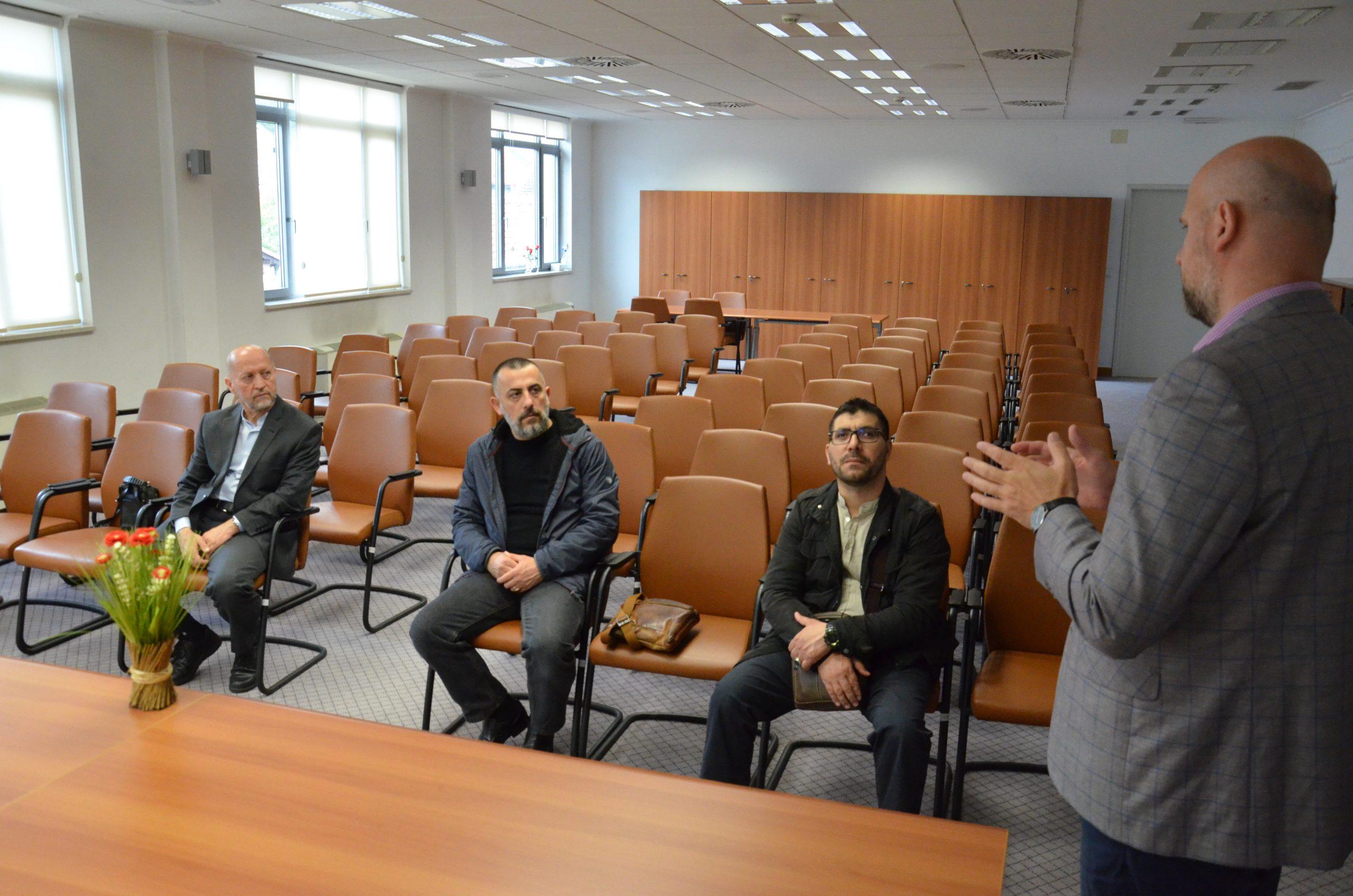 Posjeta delegacije Republike Albanije Gazi Husrev-begovoj biblioteci u Sarajevu
